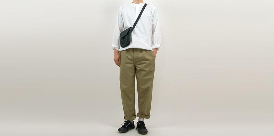 Charpentier de Vaisseau Bradley Easy Pants KHAKIを使ったファッションコーディネート・着こなし