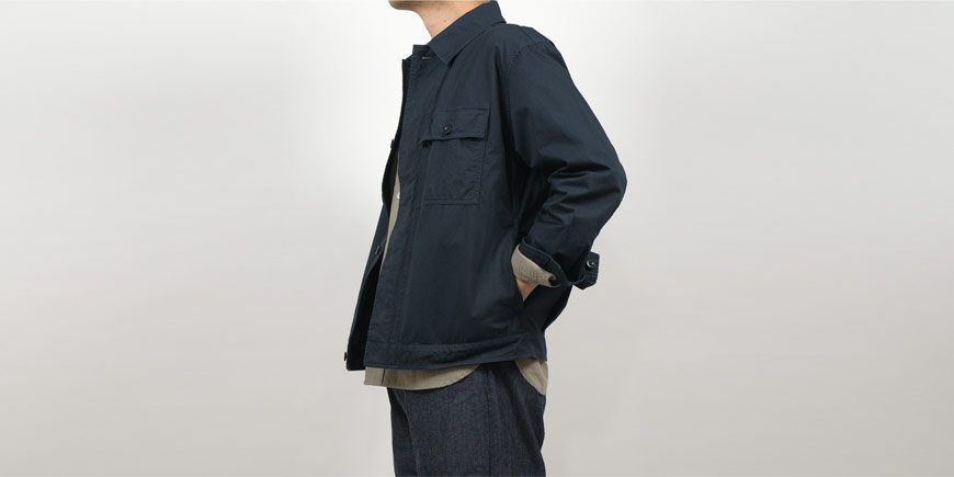 MHL. SUPERFINE COTTON TWILL BLOUSON 023CHARCOAL 〔メンズ〕