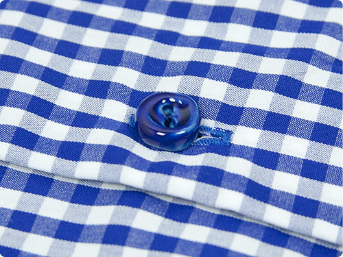 EEL 陶器釦のラウンドカラーシャツ