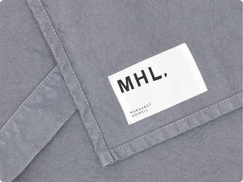 MHL. APRON