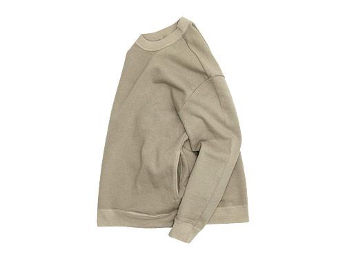 THE HINOKI オーガニックコットン裏起毛 スウェットシャツ / デニムパンツ